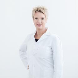 Dr. Sabine Hirschbach